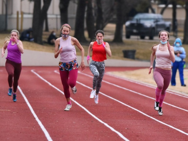 Lady Scots Track & Field Compete In Intersquad Meet