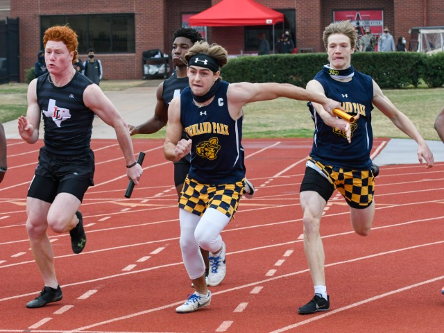 Flying Scots Compete at the Coppell Relays