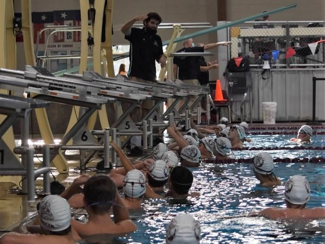 2020-2021 Swim & Dive Season Kicks Off with Annual Inter-Squad Meet