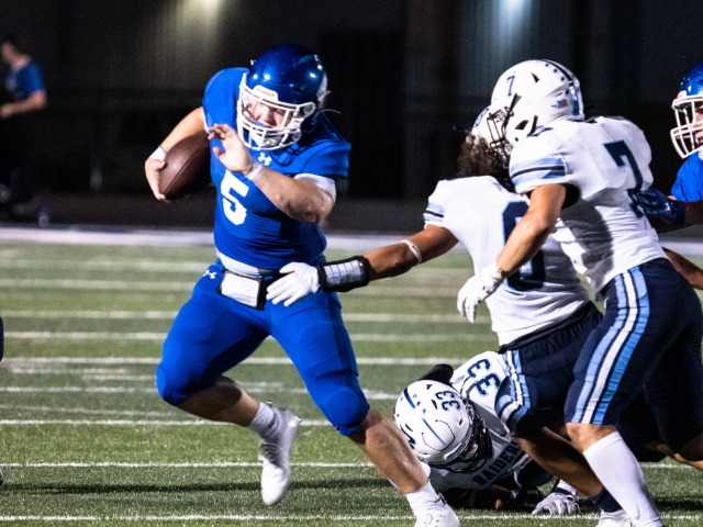 Roos Win Over Bell