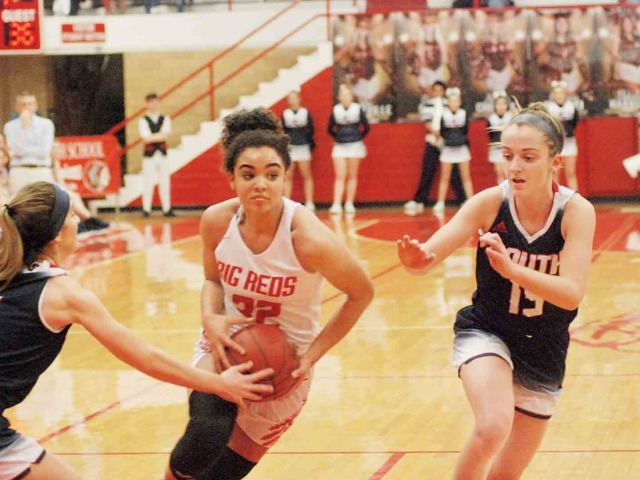 Parkersburg High breezes by rival South