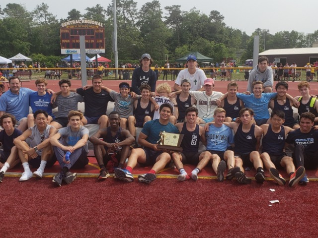 Outdoor T&F Ties Record With 21st State Title