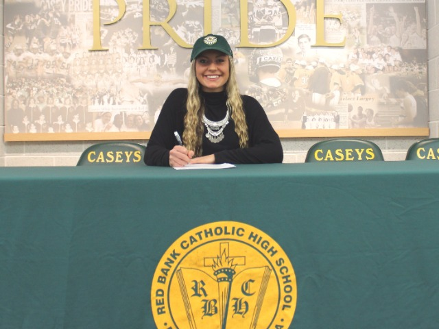 Rose Caverly signing with University of Vermont for basketball