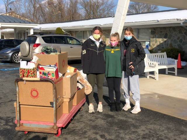 RBC Lacrosse Players Give Back