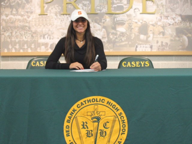 Taylor Lane signing with Syracuse University for softball