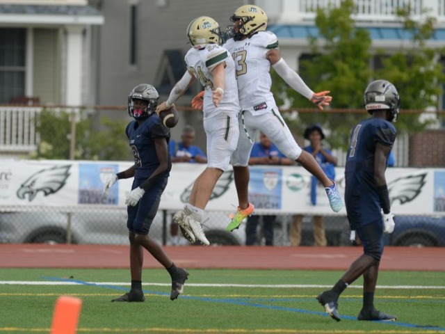 No. 12 Red Bank Catholic football makes early statement at Battle at the Beach