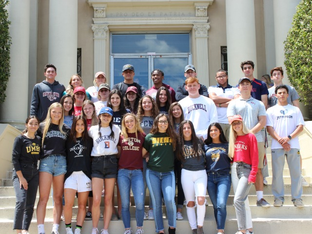 Image for article titled Casey Student Athletes on College Shirt Day