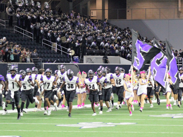 Image for Independence Football Teams Opens Playoffs With Win Over Timberview