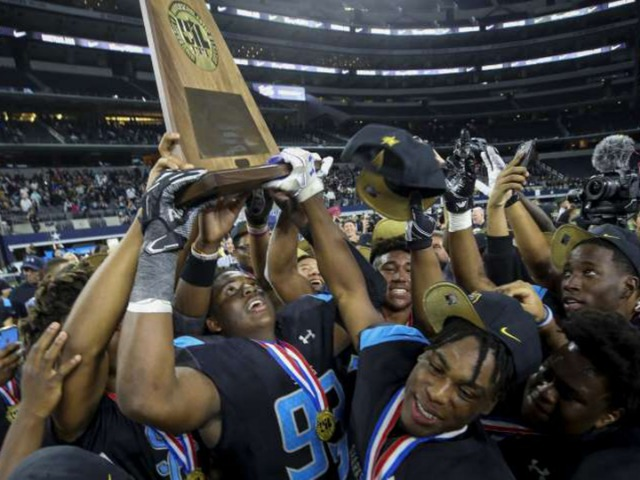 Image for Shadow Creek's wild Class 5A run ends with state title