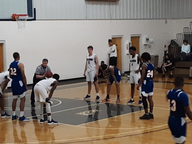 Thoroughbreds Fall Just Short in Semifinals