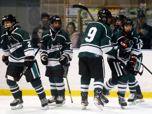 Image for No. 18 St. Joseph (Met.) over Frisch - Non-Public preliminary round - Boys ice hockey recap