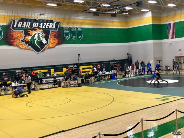 Lone Star Boys, Independence Girls Win District Wrestling Titles
