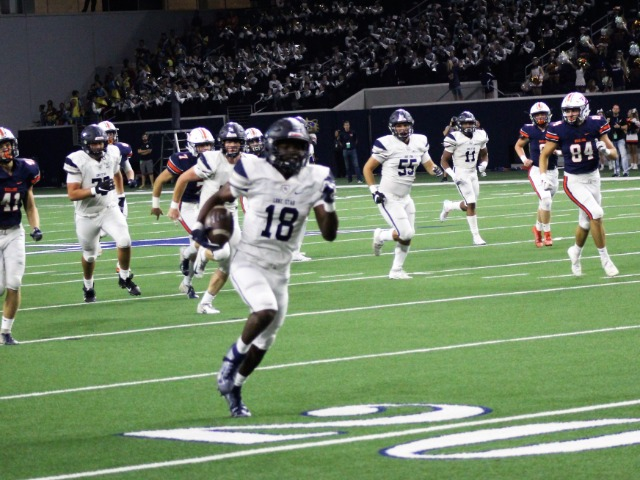 Image for Five FISD Football Teams Prepare For Playoff Games