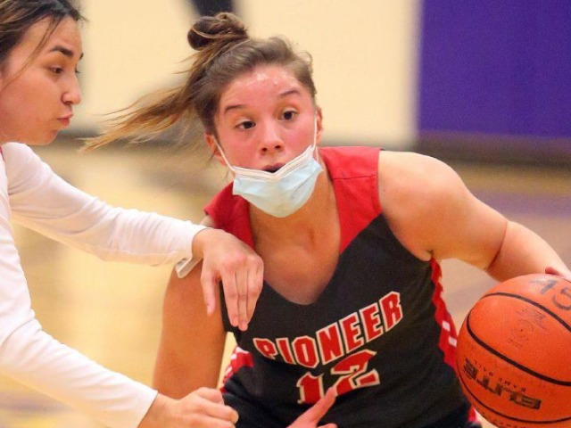 Image for Sweet Victory: Pioneer downs Victoria East to punch ticket to regional semifinals