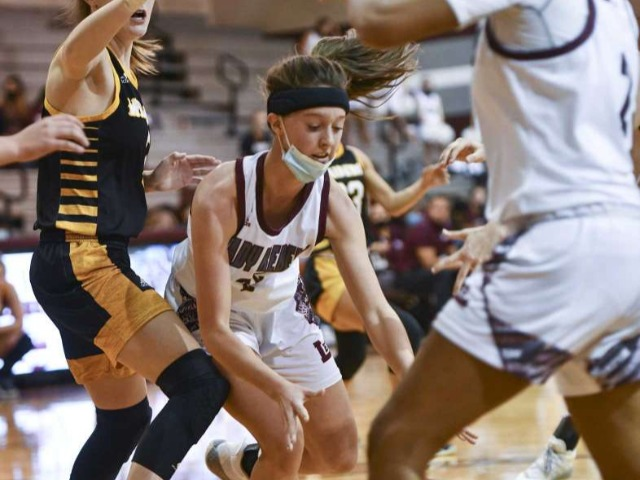 HS GIRLS BASKETBALL: Lee closes strong in win over Seminole