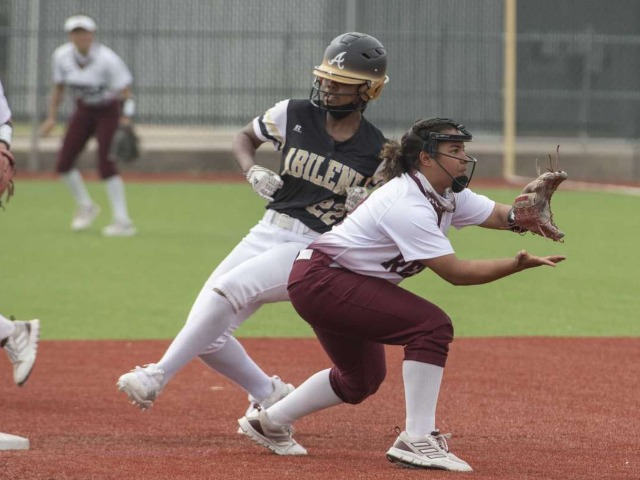HS SOFTBALL/BASEBALL: Roundup from April 10
