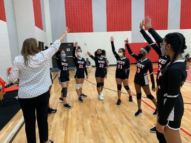 Lady Wranglers' Effort Falls Short to the Bulldogs