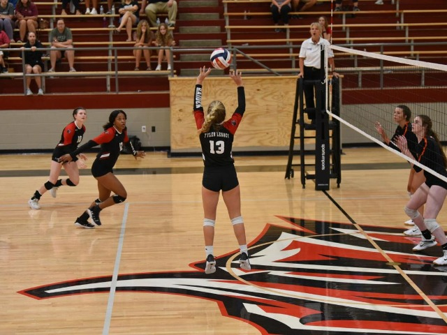 Volleyball Roundup: Tyler Legacy improves to 10-0 with win over Pine Tree