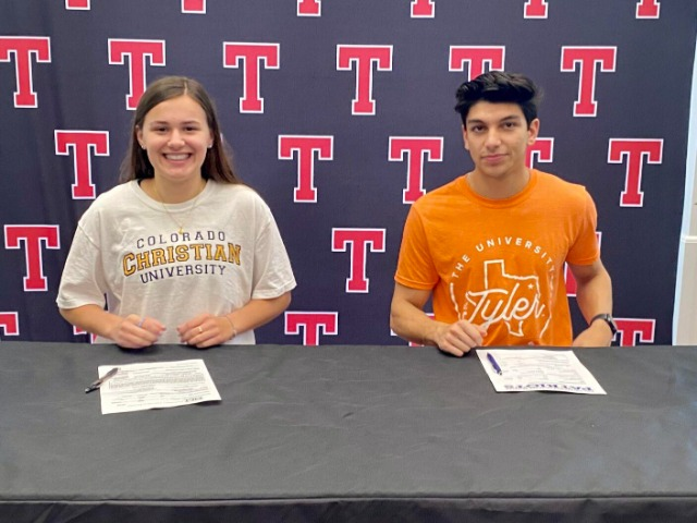 Tyler Legacy runners sign with Division II programs