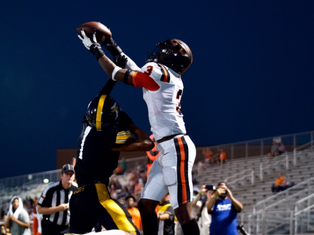 Image for University Of Texas Commit, Derrick Brown with catch of the Year
