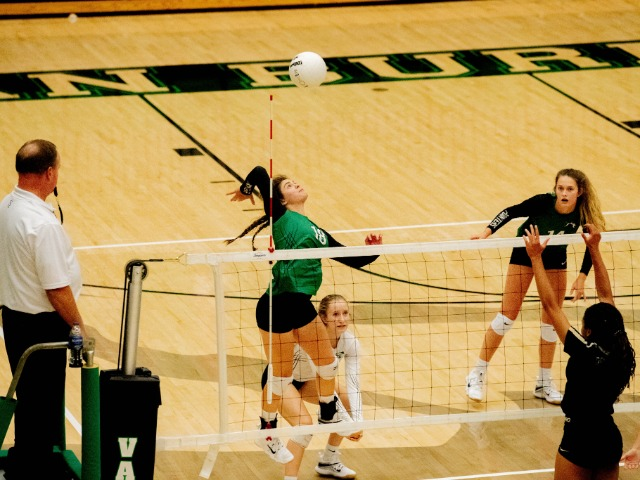Image for Lady Pointer Volleyball wins 2nd straight