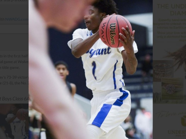Robinson's touch propels Bryant