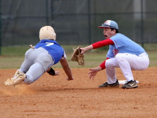 Bryant defeats Southside in first game of 6A-Central twinbill