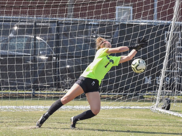 Women's Soccer Shines in Shutout Win at Briarcrest