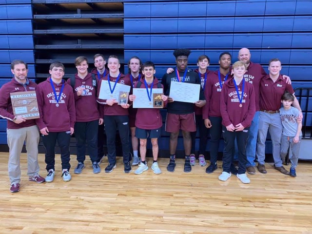 Artiles, Dawson, Lankford Crowned Region Wrestling Champs; 10 Dragons  Qualify For State Tournament