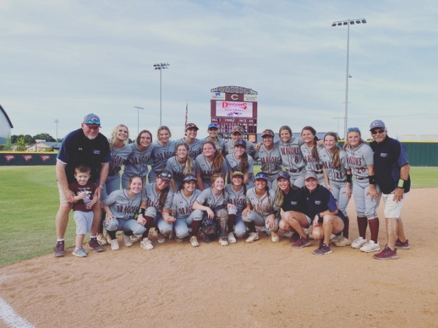 Dragons Softball Returning To TSSAA State Tournament After Defeating Hardin County