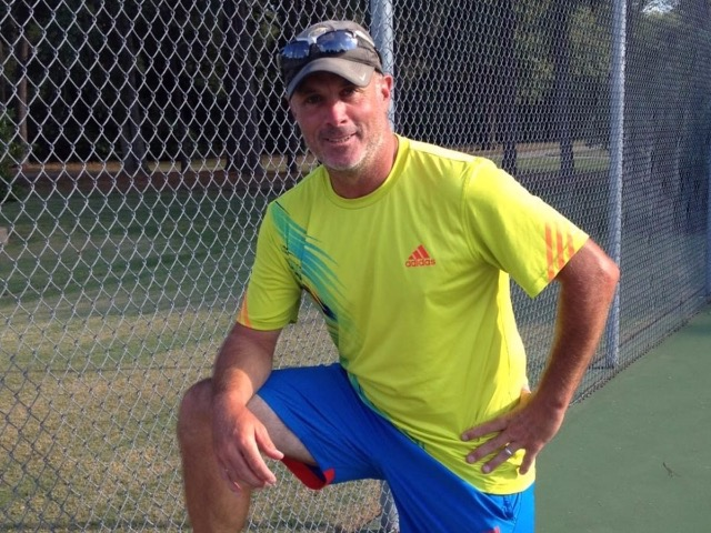 Tennis Coach Tony Cherone Receives USTA Southern Section Award