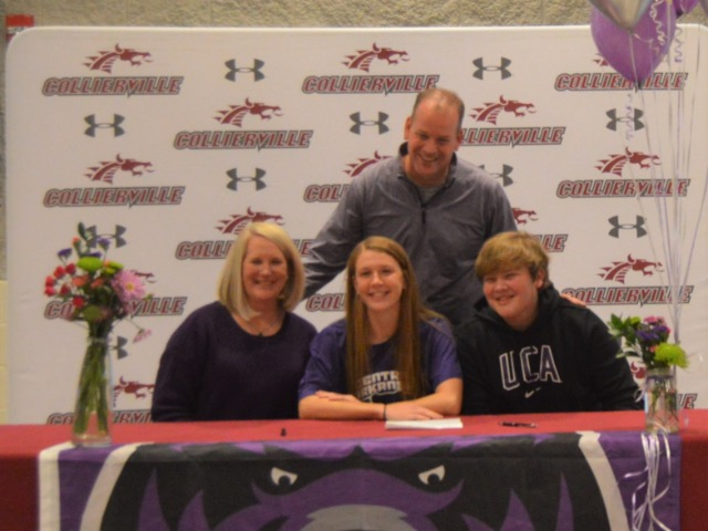 Abby Johnson Signs With Central Arkansas Women's Soccer