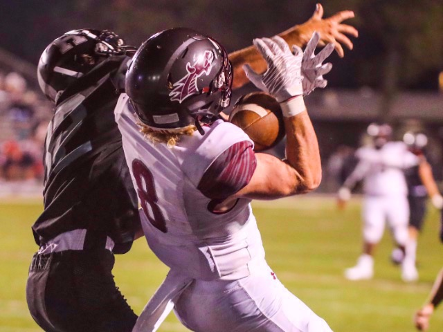 Collierville Football Displays Strength To Down Houston 21-14