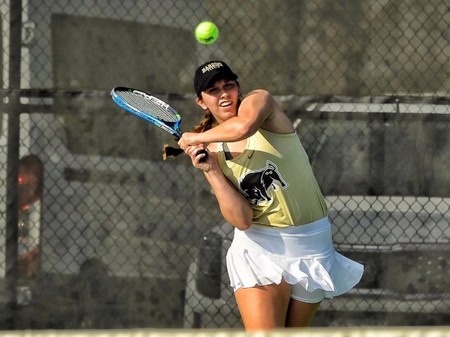 Former Dragon Romane Britt Named GAC Tennis Player of the Week
