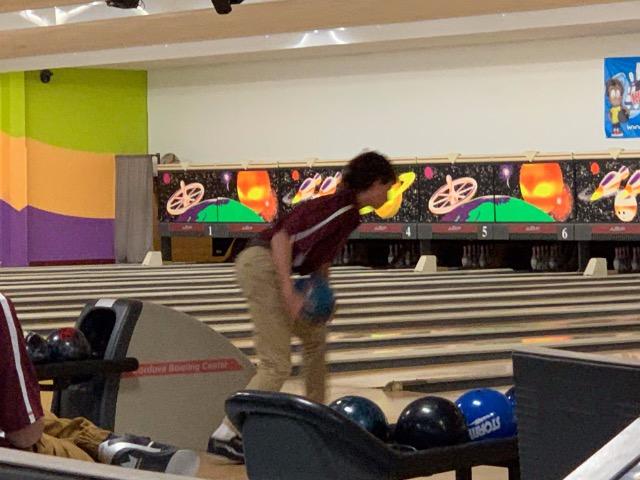 Dragons Bowling Team Defeats Houston High