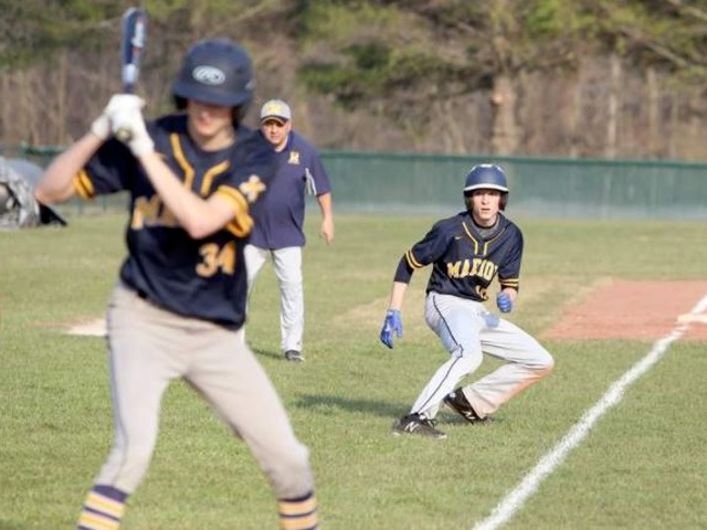 Revamped Wildcats roll past Murphysboro in baseball opener