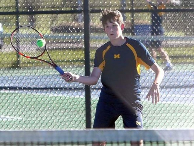 Marion tennis squad sweeps Salem