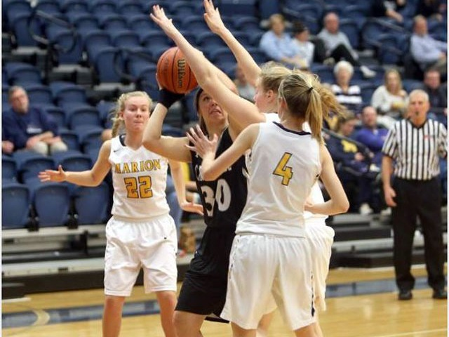 Lady Wildcats hold on to edge Carbondale