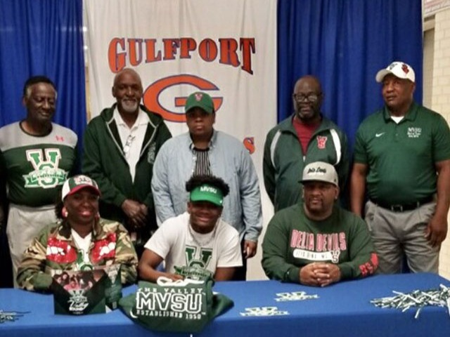 Jamison Lindsey signed a LOI today with MS Valley State University