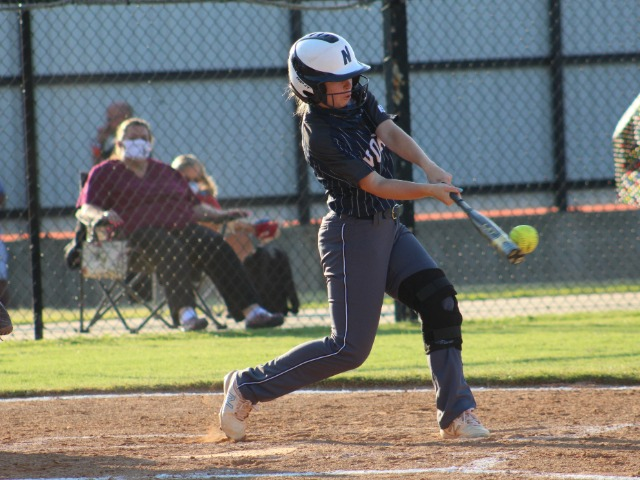 Lady Huskies Top Pirates
