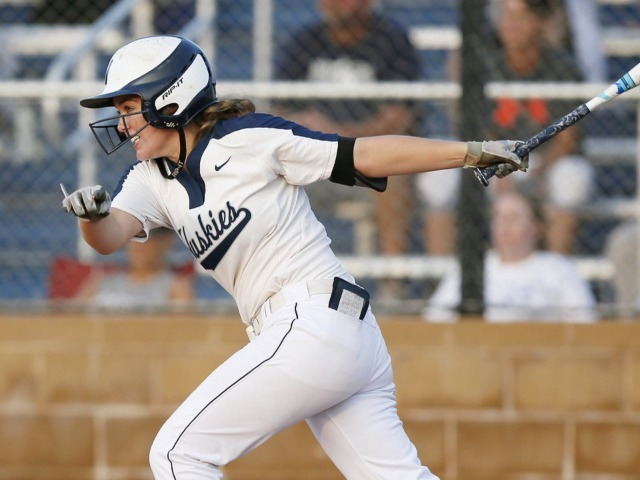 Huskies Hit 5 HR's in Win Over Norman North