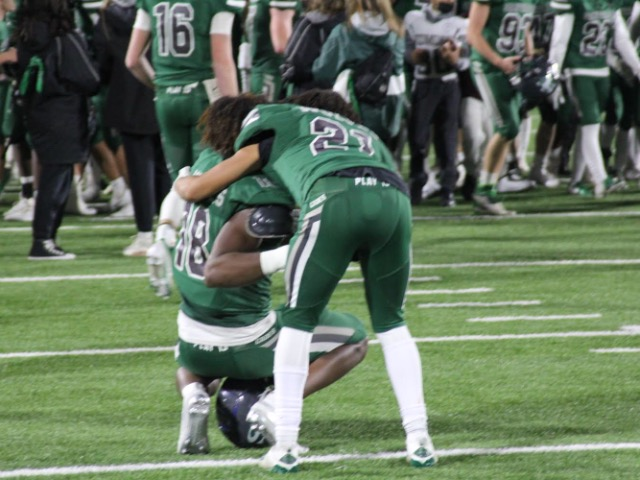 High school football, Week 13: Edmond Santa Fe holds off Union to advance to Class 6AI title game