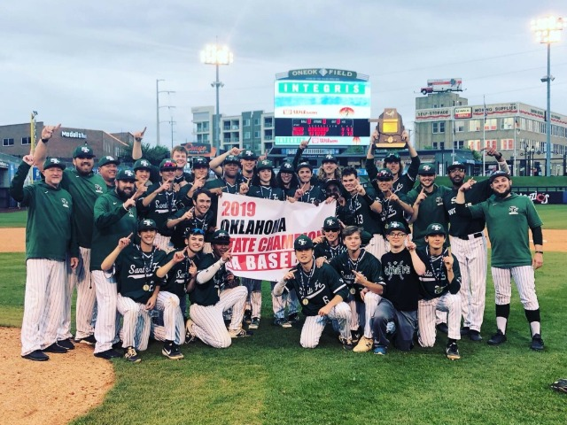 Image for Santa Fe wins 6A Baseball State Title