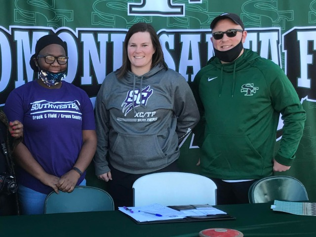 Earl signs with Southwestern College