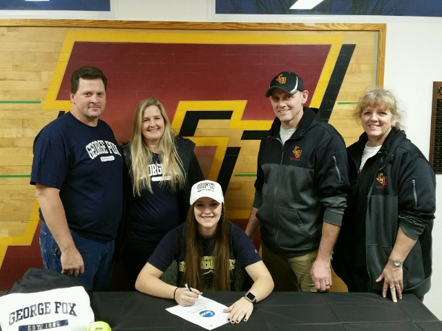 Cortney Hunt signs to play Fastpitch at George Fox