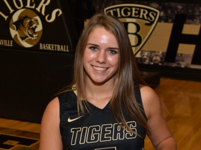 roster photo for Maddie Chambers