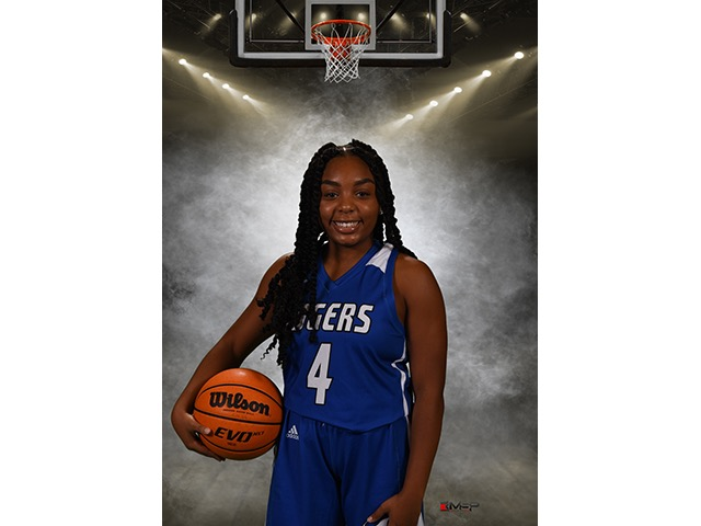 roster photo for Nadyah Cates