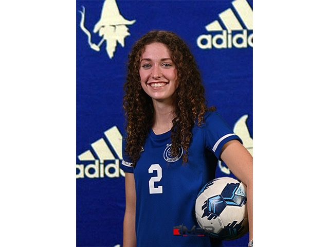 roster photo for Julia Davis