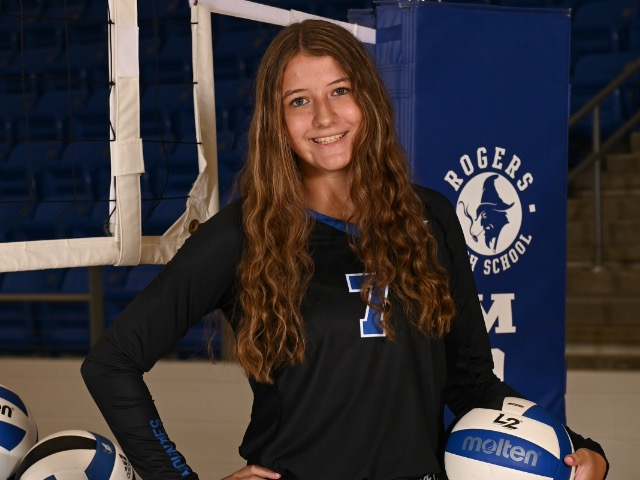 roster photo for Lauryn Heinle