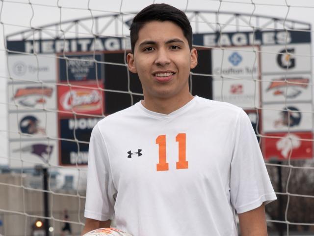 roster photo for Alberto Salinas